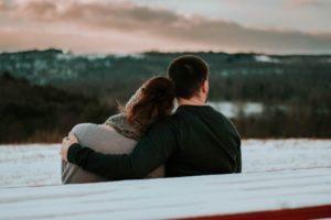 Een relatie na het overlijden van je partner, hoe werkt dat?